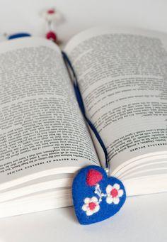 Needle Felted Wool Bookmark Blue Heart White by LigaKandele