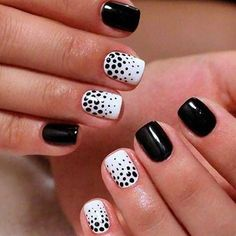 girls who have short nails, think that it is difficult to have a nice manicure design. But this is so wrong, if you choose the right nail polish color and design, you can have nice and stylish nail art design, even if your nails are too short. Best Nail Art Designs, Gel Nail Designs, Nails Design, Stylish Nails, Trendy Nails, Elegant Nails, Nail Manicure, Nail Polish, White Manicure