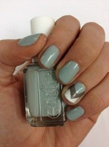 Essie's who's the boss.  Love that accent nail!