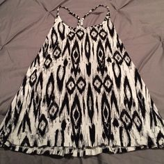 Lovely Maurice's tank top Black and white design. Flowwy fit Maurices Tops Tank Tops