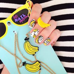 Яркий #nailart и необычный #маникюр от #letsnailmoscow #fruitnails #summernails #banananails #летнийманикюр