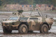 La DMO (Defence Materiel Organisation) holandesa, responsable del programa bilateral de vehículos de exploración Fennek, encargó la modificación de 30 ejemplares a la versión JFST (Joint Fire Support Team) 1A3+