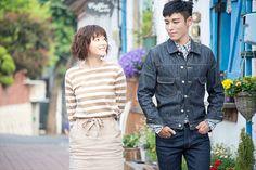 上野樹里とT.O.P(BIGBANG)主演の連続ドラマ『シークレット・メッセージ』が、11月2日からdTVで配信されることが判明。あわせて場面写真が公開された。  株式会社アミューズと韓国のCJ E&Mが共同制作した同作。東京とソウルでそれぞれ暮らすハルカとウヒョンが、偶然ス…