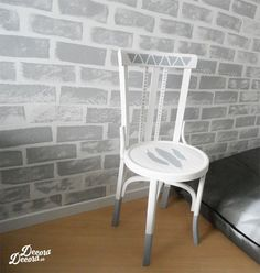 Old Chairs, Dining Chairs, Chair Makeover, Chalk Paint Furniture, Grey Walls, Life Hacks, Interior, Painting, Home Decor