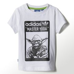 A little star power for little ones' playtime. This toddlers' Star Wars™ Tee features a metallic-print graphic from a galaxy far away, and a textured adidas and Star Wars™ logo on the back.