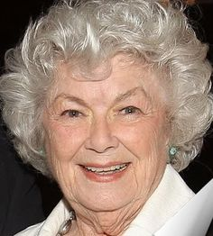 """Barbara Hale who played steadfast secretary Della Street on the long-running """"Perry Mason"""" TV series, has died. She 94. 2017"""