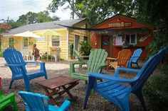 enjoy an afternoon sno-cone to cool off in this texas heat right in downtown league city!