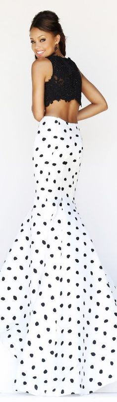 How Finnish this, diff top for me tho... Ooo add red pumps- yumm  Someone's summer 15 wedding, lol!! Sherri Hill Spring 2014 *sds
