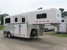 4-Star 2 Horse Straight Load Trailers Gooseneck