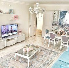 Mavinin dinginliği: Emel hanımın zarif ve huzurlu evi. Home Living Room, Living Room Decor, Bedroom Decor, Dining Room, Peaceful Home, Shared Rooms, Tv Unit, Luxury Apartments, Sweet Home