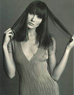 Hmm, Mrs ex-France. Beginning to realise I'm just partial to 90s photoshoots it seems. (Carla Bruni by Steven Meisel, 1993)