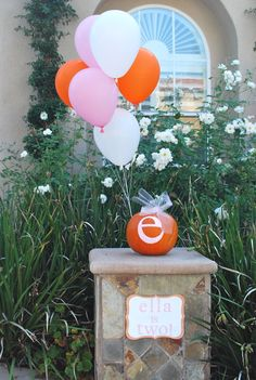 Trendy baby shower ideas for girls decorations owl center pieces ideas Trendy baby shower ideas for girl decorations owl centerpieces ideas Pumpkin Patch Birthday, Pumpkin Patch Party, Pumpkin First Birthday, Little Pumpkin Party, Pumpkin Patches, Fall 1st Birthdays, Pumpkin 1st Birthdays, Pumpkin Birthday Parties, October Birthday