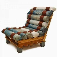 fauteuil palette et vieux jeans