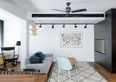 O escritório de arquitetura Studio Raanan Stern concluiu recentemente o design de interiores deste apartamento de 165 m² em Tel Aviv, Israel. Planejado para uma jovem família com filhos pequenos, ver mais
