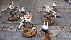 Tau Crisis Team by Tom Blackburn of Warhammer 40K: Tau Empire Facebook group