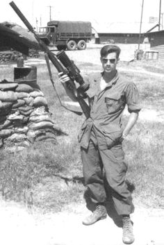 """USMC Archives Carlos Hathcock taking aim in Vietnam. Long before Chris Kyle penned """"American Sniper,"""" Carlos Hathcock was already a legend. He taught himself to shoot as a boy, as did Alvin York an. Military Photos, Military History, Marine Corps, Old School Pictures, Vietnam War Photos, Survival, Us Marines, Vietnam Veterans, American Soldiers"""