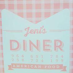 American confort food em Caminha com 3 opções veganas: hambúrguer falafel e almôndegas de fabrico próprio! Recomendo