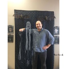 Come to the Library and have your picture taken with a ghost.