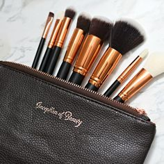 Inception Of Beauty Oval Brush Makeup Kit, Makeup Brushes, How To Apply Concealer, Cruelty Free Makeup, Shape Design, Makeup Yourself, Skin Care, Tools, Beauty