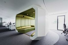 Ippolito Fleitz Group have recently completed the interior design of the INNOCEAN Headquarters in Frankfurt, Germany.