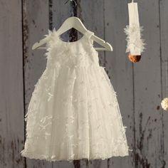 Βαπτιστικό Λευκό Φόρεμα Fiona | Angel Wings 061 Girls Dresses, Flower Girl Dresses, Baby Christening, Anastasia, Girl Outfits, Wedding Dresses, Clothes, Fashion, Dresses Of Girls