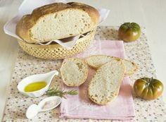 Olivas en la cocina: Pan con harina espelta y poolish Tostadas, Thermomix Bread, Cupcakes, Camembert Cheese, Dairy, Appetizers, Breads, Food, Types Of Pizza