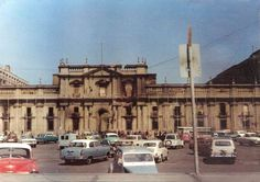 Palacio de La Moneda, bombardeada y quemada, 13 de septiembre 1973
