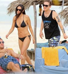 The 51 year old actress and diva was spotted in Tulum with her daughter Rumer Willis. They stayed in a beachfront resort in Riviera Maya and were seen enjoying some quality time with sun and sand in full glory