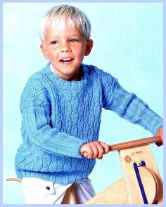 Голубой пуловер с косами для мальчика / Вязание спицами.