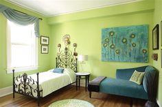 """Filigris"" floorcloth in the bedroom."