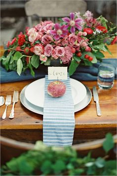 farm to table wedding ideas | le bash design | laurelyn savannah photography | via: wedding chicks