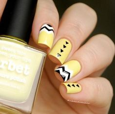 Uñas acrilicas amarillas -  Yellow Acrylic Nails