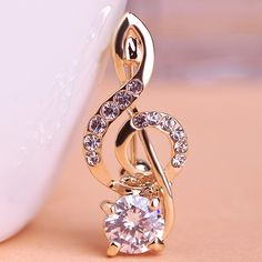 Blucome Cute Small CZ Zircon Music Note Brooch Corsage Coroa Poster Broches Wedding Collar Hijab Pin Up Clip Scarf Bijoux Who like it ? Get it here
