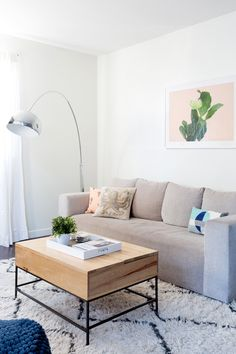 A Laid-Back Los Angeles Apartment - Front + Main