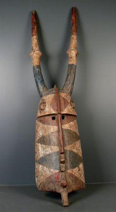 Mossi Funeral Mask. Burkina Faso. 153cm. Wood, pigment. 2nd half 20th century.  Collection PD-Jipsinghuizen-NL