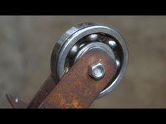 Metal Bending Tools, Metal Tools, Homemade Tools, Diy Tools, Metal Fabrication Tools, Diy Furniture Videos, Metal Bender, House Gate Design, Leather Key Holder