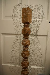Simply Rooted Boutique: How To: Dress Form... so that's what it's called...made with chicken wire