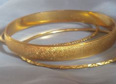 Signed CROWN TRIFARI L (Large). Set of 3 Bangle Bracelets Size L (Large). All gold electroplate finish present & intact. | eBay!