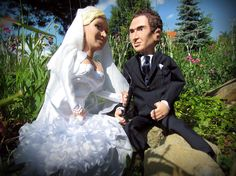Two personalized marionettes as a wedding gift for the bride and the groom.