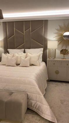 Modern Luxury Bedroom, Master Bedroom Interior, Luxury Rooms, Room Design Bedroom, Bedroom Furniture Design, Modern Bedroom Design, Luxurious Bedrooms, Modern Classic Bedroom, Beige Bedrooms