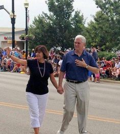 Best Karen Pence Ideas 10 Articles And Images Curated On Pinterest In 2020 Karen Pence Pence Vice President Pence