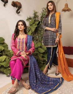 MONSOON CAMBRIC-BANARSI EDITION-ALZOHAIB -page-019 Pakistani Dresses Online, Pakistani Outfits, Pakistani Clothing, Summer Outfits Women, Summer Dresses, Latest Pakistani Fashion, Suits For Women, Clothes For Women, Monsoon