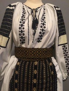 Romanian traditional port #traditionaldresses #traditional #textiles #vintage #wool Embroidery Motifs, Learn Embroidery, Embroidery Designs, Folk Costume, Costumes, Crochet Hook Set, Embroidery Techniques, Traditional Dresses, Fashion Art
