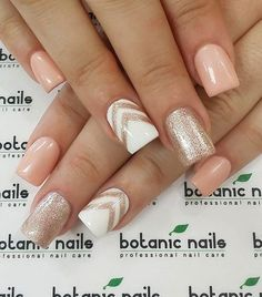 Nude & Glitter Wedding Nails for Brides / http://www.himisspuff.com/wedding-nail-art-desgins/7/
