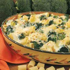 Cheesy Broccoli Rigatoni...I bet I can make it with greek yogurt instead of milk!