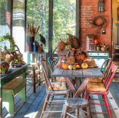 Country Sampler Magazine (I love this sunroom)