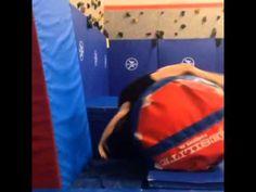 Back Handspring Drill Gymnastics Lessons, Gymnastics Academy, Boys Gymnastics, Gymnastics Floor, Gymnastics Tricks, Tumbling Gymnastics, Gymnastics Coaching, Gymnastics Workout, Olympic Gymnastics