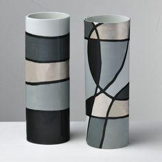kitchen decoration – Home Decorating Ideas Kitchen and room Designs Ceramic Flower Pots, Ceramic Vase, Porcelain Tiles, Fine Porcelain, Glass Bottle Crafts, Bottle Art, Diy Bottle, Pottery Vase, Ceramic Pottery