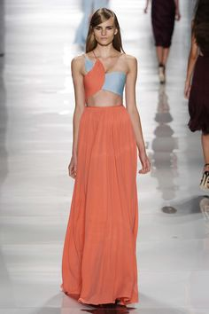 Pin for Later: Behold, the Most Gorgeous Gowns of Fashion Week Reem Acra Spring 2015 London Fashion Weeks, Ny Fashion Week, New York Fashion, High Fashion, Fashion Show, Fashion Design, Fashion Spring, Milan Fashion, Vogue Fashion