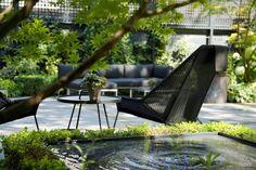 10 Garden Ideas to Steal from Amsterdam's Canal Houses - Gardenista Canal House Amsterdam, Amsterdam Houses, Amsterdam Canals, Amsterdam Netherlands, Zen, Lush, Garden Villa, Asian Garden, Outdoor Furniture Sets